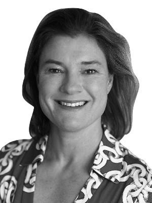 Leeanne Weld, Sales Representative